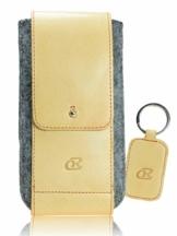 OrLine Handytasche für LG K10 LTE mit Silikon Case. Hülle mit Verschluß und EC-Kartenfach aus Echtleder. Beige-Grau Etui aus Leder und Filz. Die Schlüsselan echt Kuhfell - 1